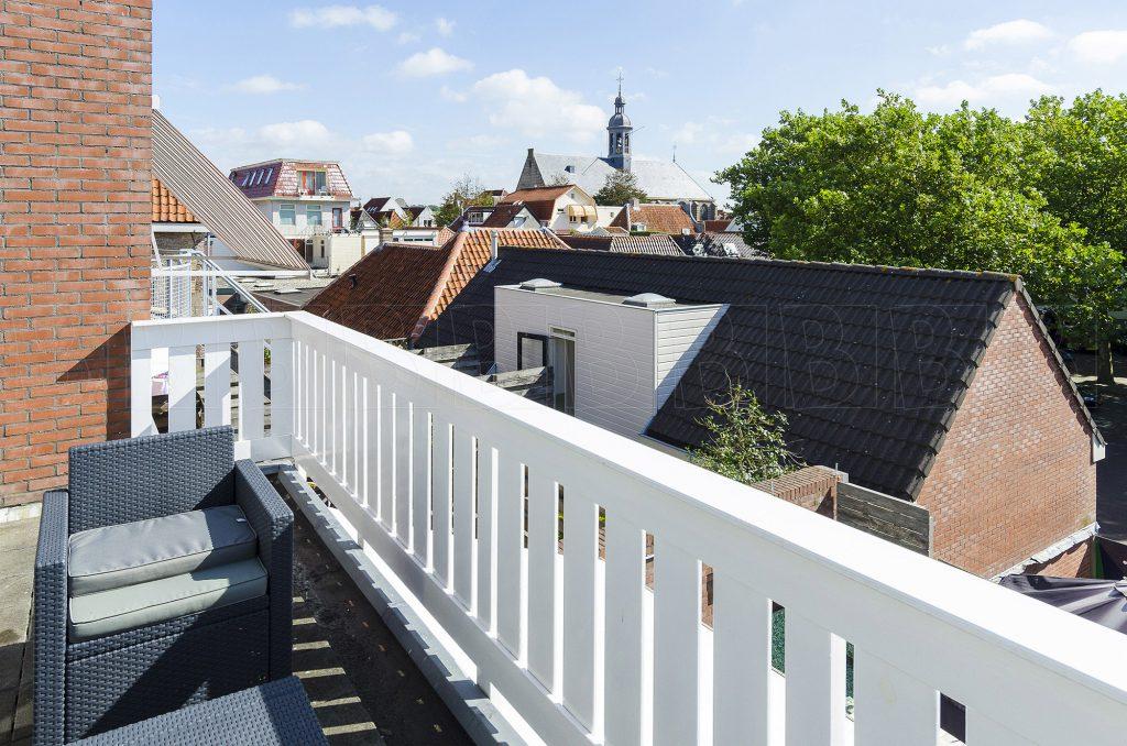 Uitzicht vanaf balkon over Naarden.