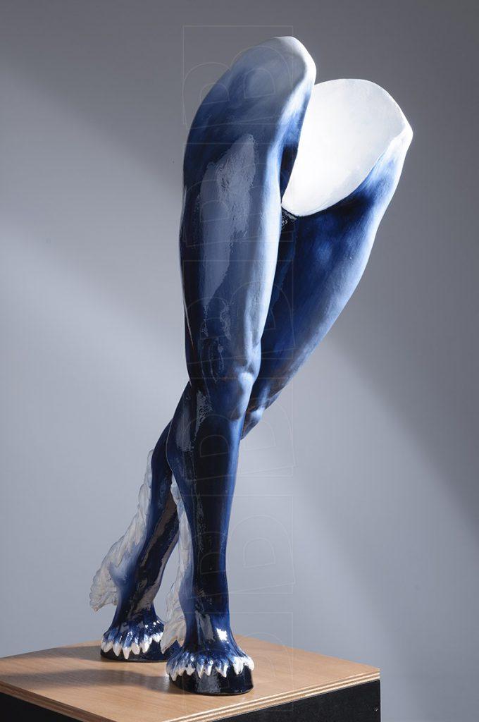 De benen van de Centaur Hylonome in jeans